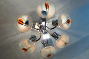 MAZZEGA GLASS CHANDELIER. CIRCA 1970
