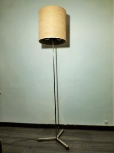 BRUSHED METAL AND WOOD LAMPPOST. 3 LIGHTS. 1960