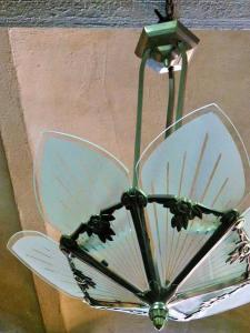 ART DECO HANGING LAMP.