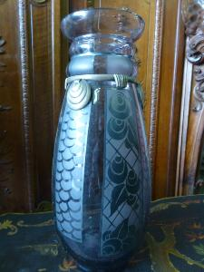 ART DECO VASE SIGNED D'ARGYL. EARLY 20TH.